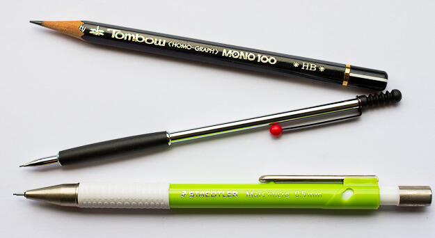 Size comparison: Tombow Mono 100, Tombow Zoom 707 de Luxe, Staedtler Mars micro